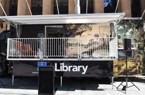 brisbane-city-council-mobile-library-front